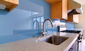 Голубое стекло для кухни