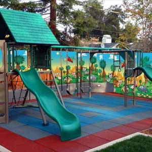Украсить детскую площадку